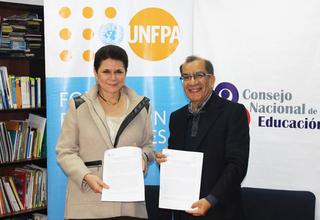 Elena Zúñiga, Representante del UNFPA Perú y Hugo Díaz, Presidente del CNE