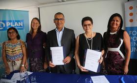 Equipos técnicos del UNFPA Perú y Plan Internacional